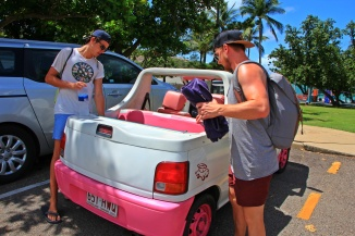 Magnetic Island - Barbie Mobil2