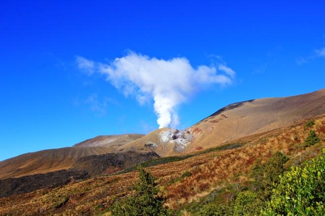 Tongariro - aktiver Vulkan.JPG
