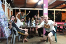 Rarotonga - Hostel-Party2